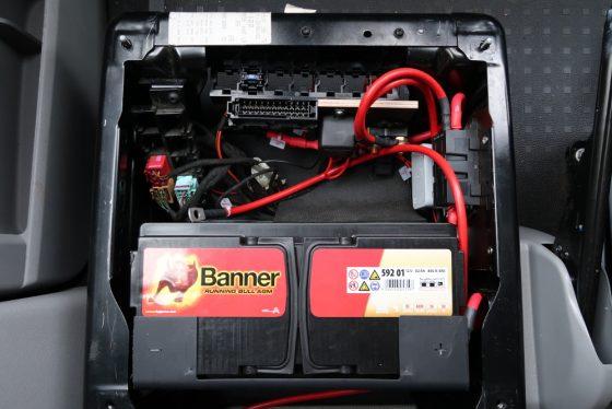 Kompletter Einbau der 2. Batterie