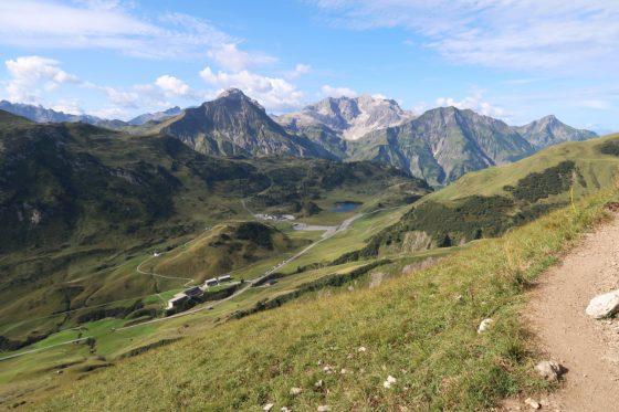 Der Tannbergpass zwischen Warth und Schröcken