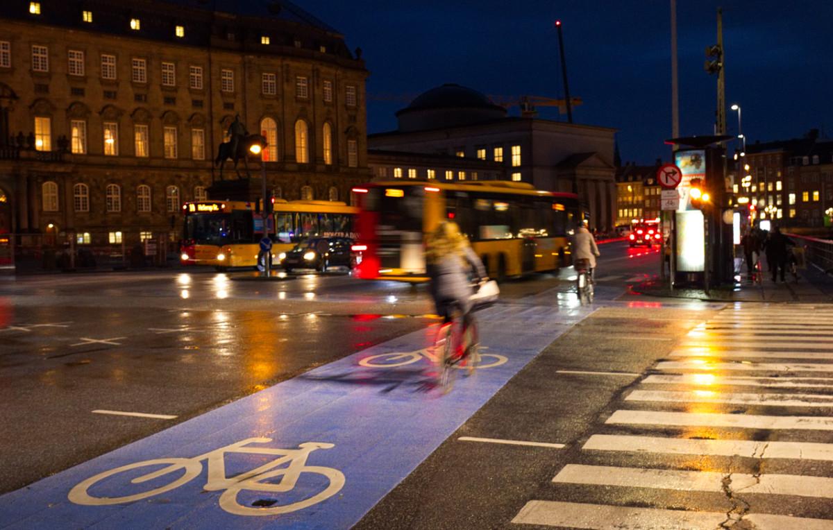 Kopenhagen macht es vor wie eine fahrradfreundliche Infrastruktur aussehen kann.