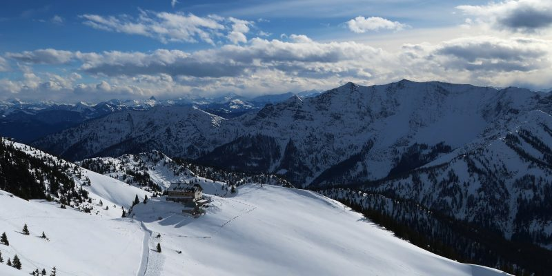 Rotwandhaus vom Gipfel der Rotwand aus gesehen