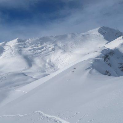 Gleitschneerisse im Gipfelhang des Grünhorn