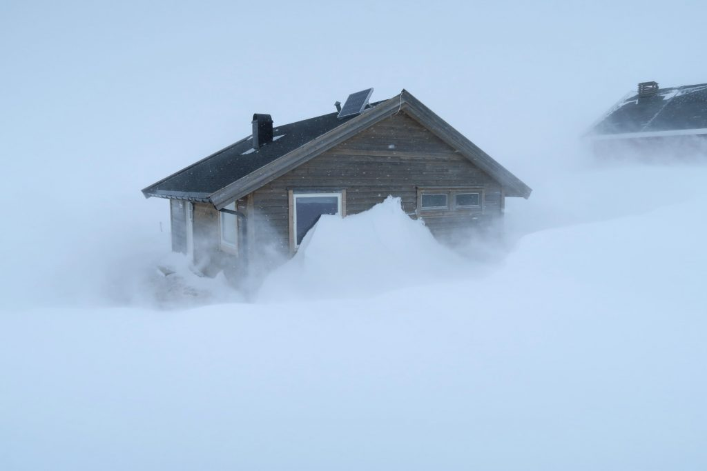 Im Sturm unweit der Dyranut Hütte