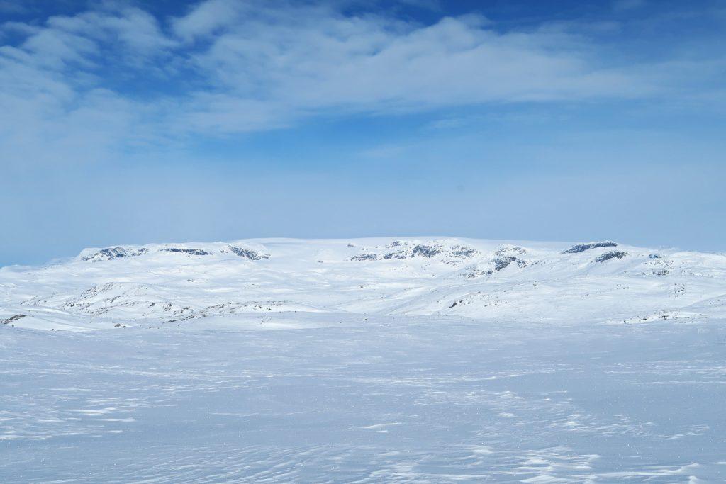 Den ganzen Tag begleitet mich heute der Hardangerjøkulen