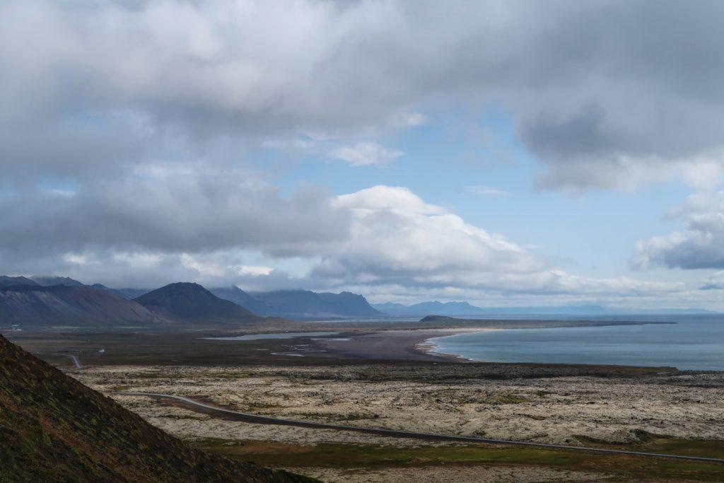 Die Südküste der Halbinsel Snæfellsnes mit Blickrichtung Osten